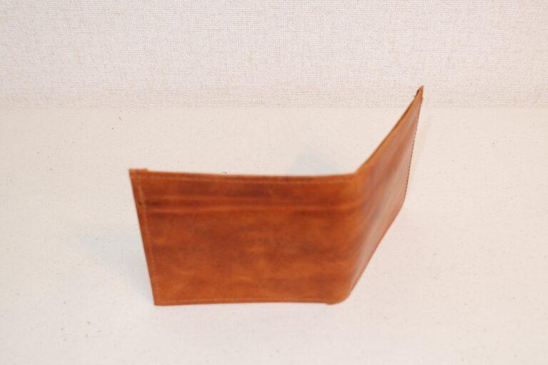 二つ折りサイフ 本牛革 ベージュ