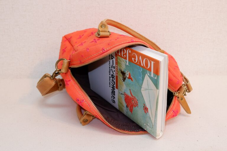 刺繍帆布ハンドバッグ 帆布 オレンジ