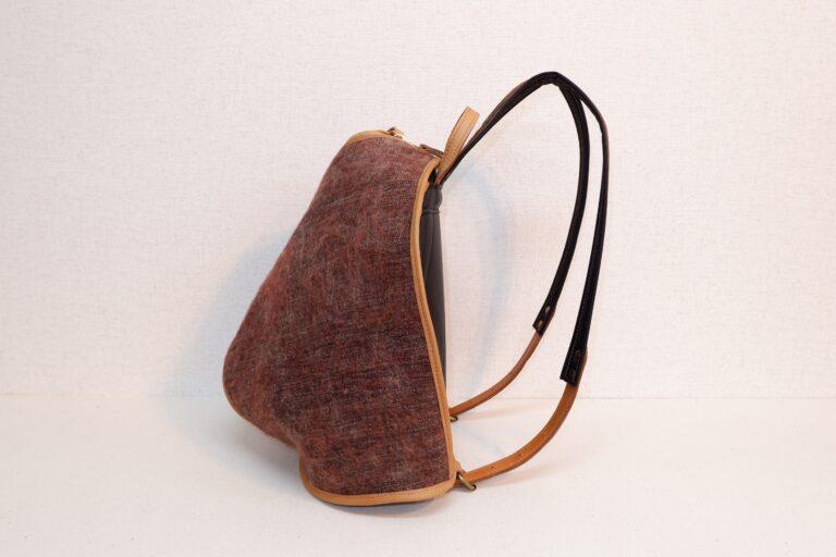 オヒナサマリュック 毛織物 ブラウン